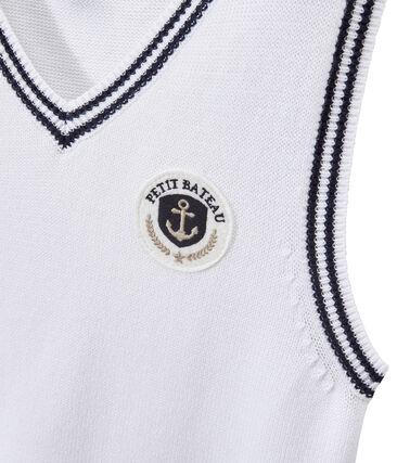 Boy's sleeveless sweater with badge