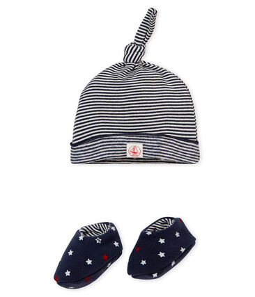Baby boy's hat and slippers set
