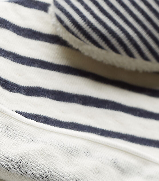 Newborn baby's beanie cap and booties set Coquille beige / Smoking blue